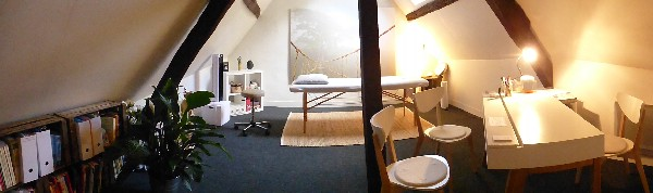 Un espace convivial et cosi, au calme pour vos séances de sophro-relaxation !!